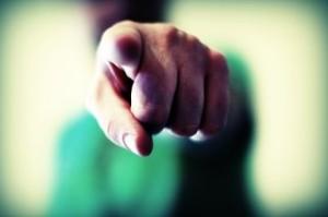 Combien de fois dans nos vies nous avons eu tendance à accuser l´autre ...
